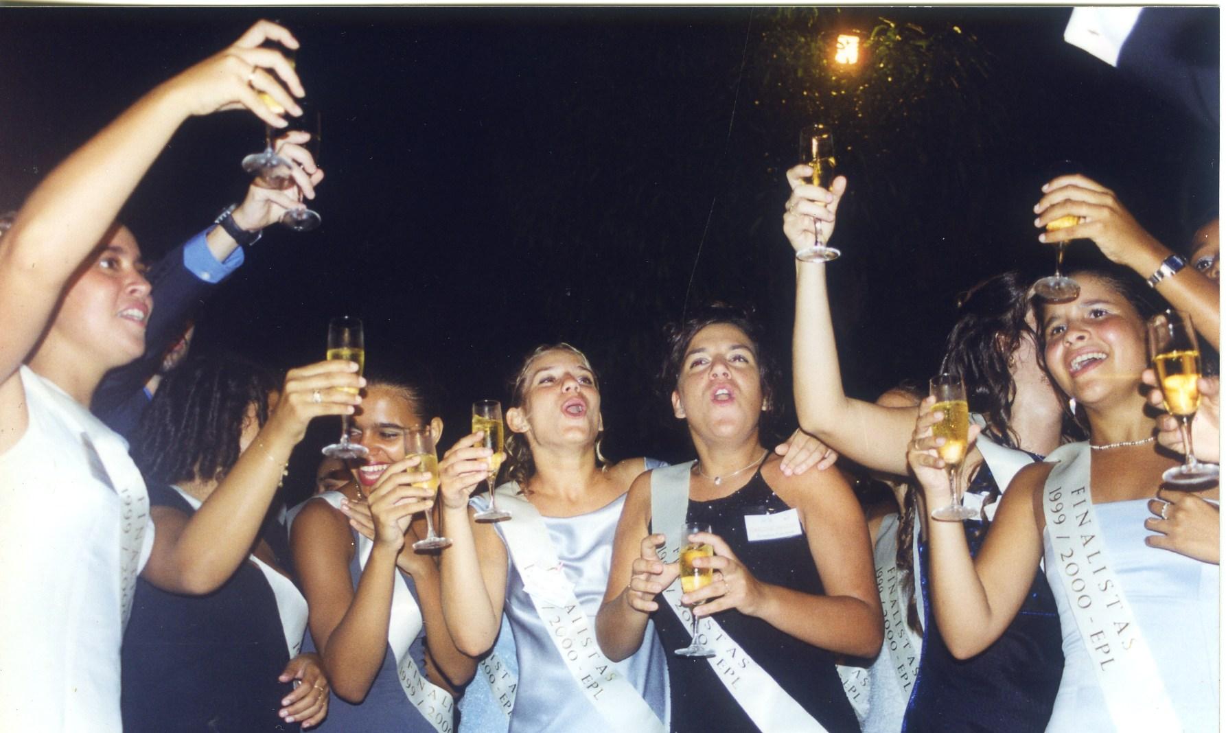 Baile Finalistas Endiama 1999-2000