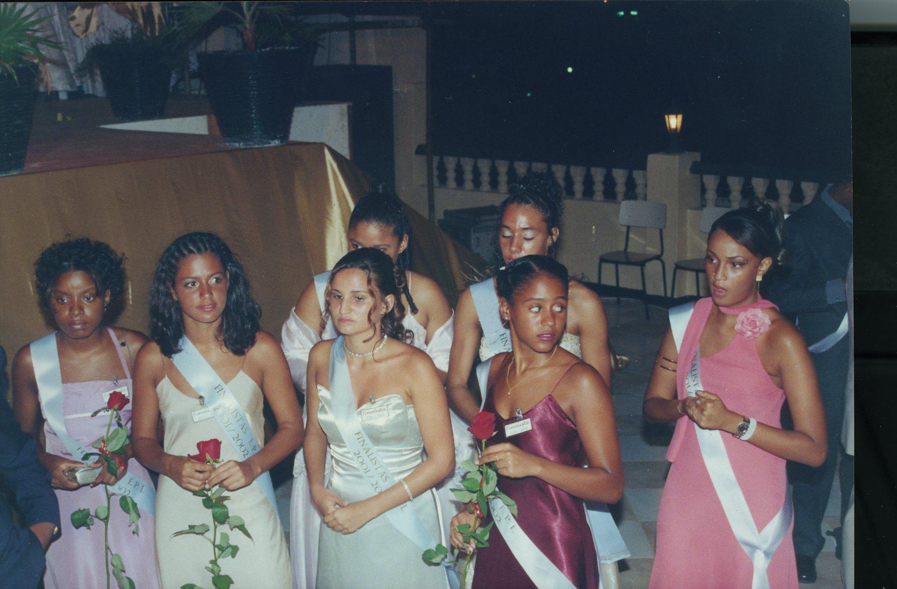 baile finalistas radio Vial 2001-2002