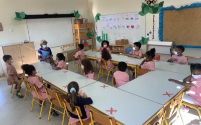 Biblioteca escolar: Atividades e exposições de maio